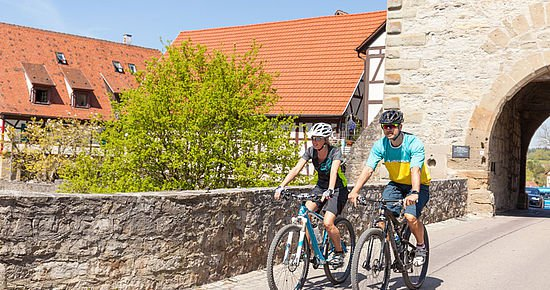 Radfahrer in Vellberg (Foto: Michael Schultz)